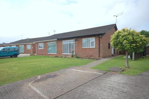 2 bedroom semi-detached bungalow for sale - Hazel Grove, Crewe