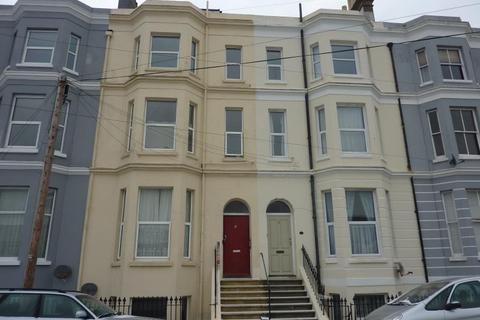 2 bedroom flat to rent - Blomfield Road, TN37 6HH