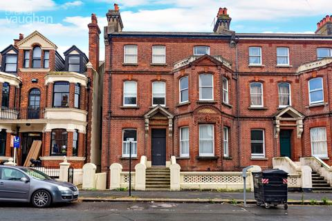 House to rent - Sackville Road, Hove, BN3