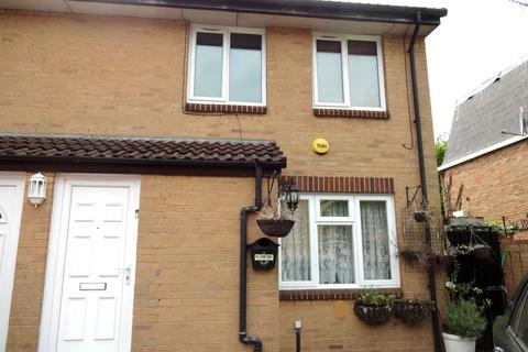 1 bedroom flat for sale - Pippins Close, West Drayton, ,, UB7 7XH