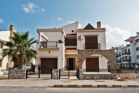3 bedroom villa - Bahceler, Iskele, Famagusta