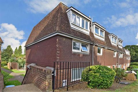 2 bedroom ground floor maisonette for sale - Thorne Close, Erith, Kent