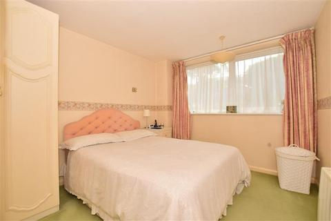 2 bedroom ground floor maisonette for sale - Thorne Close, Erith, Kent