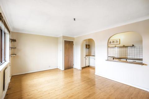 1 bedroom flat to rent - Robins Close, Uxbridge, Middlesex, UB8 2LF