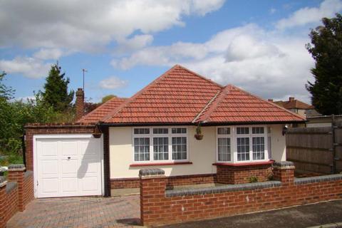 3 bedroom bungalow to rent - Dalewood Gardens, Worcester Park