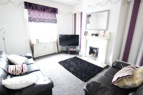 2 bedroom apartment to rent - Savile Park Street, Bell Hall, Halifax, HX1