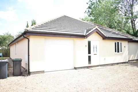 4 bedroom detached house to rent - Mill Road, Cranfield MK43