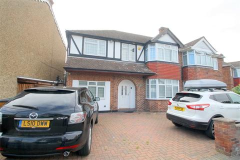 4 bedroom semi-detached house for sale - Oaks Road, STAINES-UPON-THAMES, Surrey