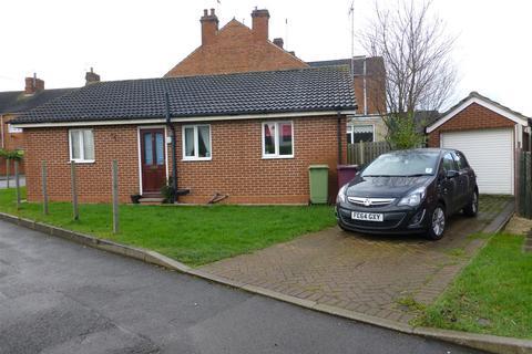 2 bedroom detached bungalow to rent - Broad Place, Hodthorpe, Worksop