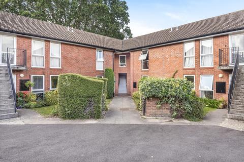 2 bedroom apartment for sale - Charlton Park, Cheltenham