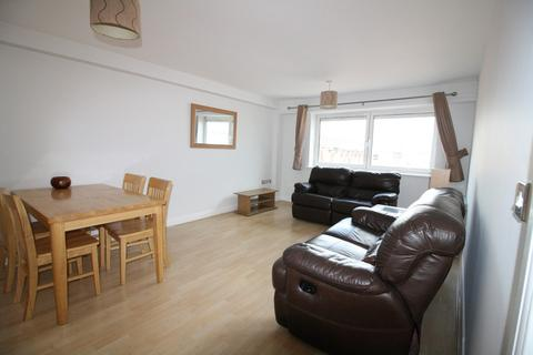 2 bedroom apartment to rent - Royal Plaza, 2 Westfield Terrace, Sheffield, S1 4GD