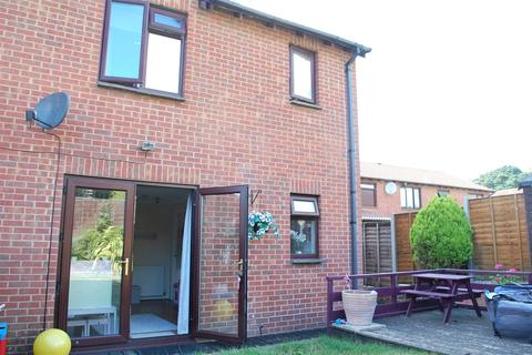 2 bedroom cluster house for sale - Larch Close, Poole