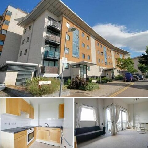 1 bedroom apartment to rent - Fishguard Way, Beckton