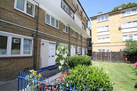 2 bedroom ground floor maisonette to rent - Alfred Street, London
