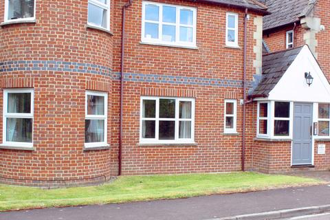 1 bedroom ground floor flat to rent - Field Gardens, Steventon