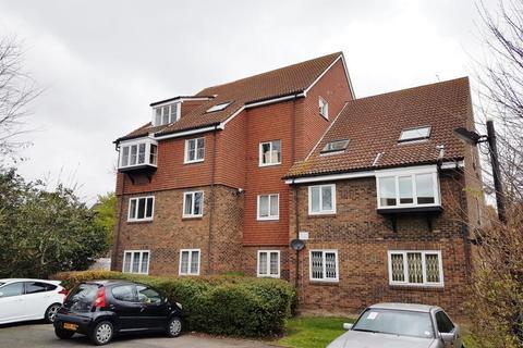 2 bedroom flat to rent - Bowers Walk, Beckton, London, E6 5RP