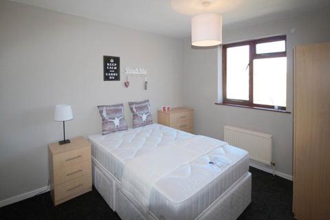 1 bedroom house share to rent - Eden Crescent, Burley, Leeds