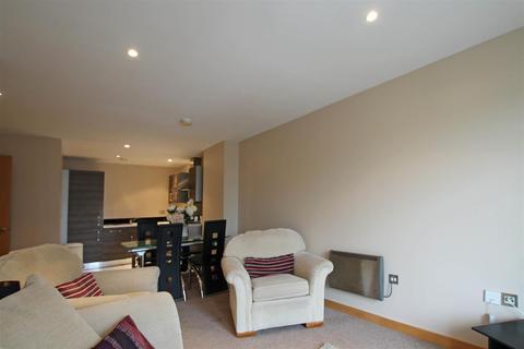 2 bedroom apartment to rent - Victoria Mills, Salts Mill Road, Shipley