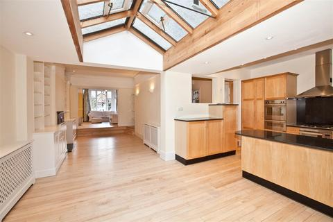 5 bedroom semi-detached house to rent - Chesterfield Road, Chiswick, London