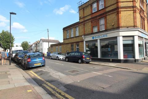 2 bedroom flat for sale - Hertford Road, Enfield