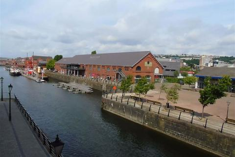 2 bedroom apartment for sale - Abernethy Quay, Marina, Swansea