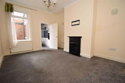 2 bedroom flat to rent - Talbot Road, South Shields