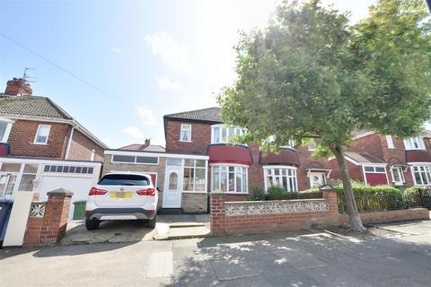 3 bedroom semi-detached house to rent - Dykelands Road, Seaburn, Sunderland
