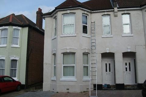 Property to rent - Polygon, Southampton, SO15