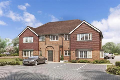 1 bedroom apartment for sale - Peters Village, Hall Road, Evabourne, Wouldham, Rochester, Kent