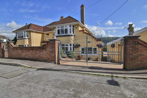 3 bedroom semi-detached house for sale - Hiley Avenue, Gilwern, Abergavenny