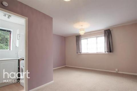 1 bedroom flat to rent - Springvale, ME16