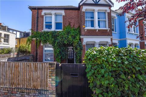 3 bedroom end of terrace house for sale - Weston Road, London, W4