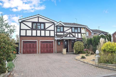 5 bedroom detached house to rent - Heron Way, Derby, Derbyshire, DE3