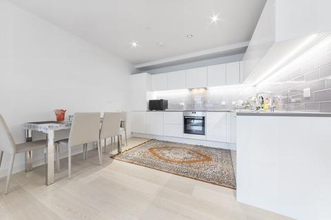 2 bedroom apartment to rent - Summerston House, 51 Starboard Way, Royal Wharf, London, E16