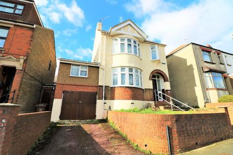 4 bedroom detached house for sale - Clarence Road, Chatham