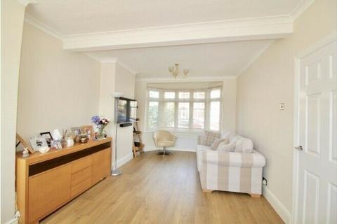 3 bedroom semi-detached house to rent - Reede Road, Dagenham, Essex, RM10
