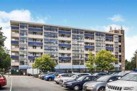 1 bedroom flat for sale - The Vineyards, Great Baddow, Chelmsford, Essex