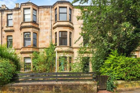 3 bedroom flat for sale - Top Flat, 8 Camphill Avenue, Shawlands, Glasgow, G41