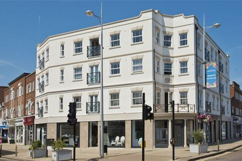 1 bedroom flat for sale - Wellington House, High Street, Walton-on-Thames, Surrey