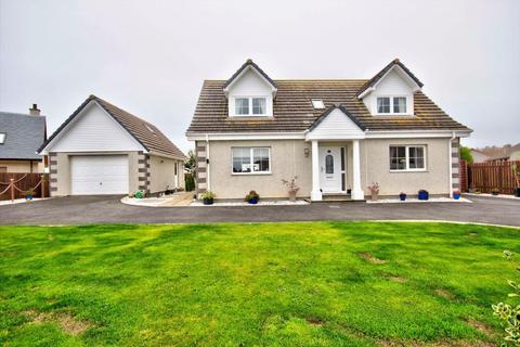 3 bedroom detached house for sale - Monks Walk, Fearn, Ross-Shire, IV20 1SR