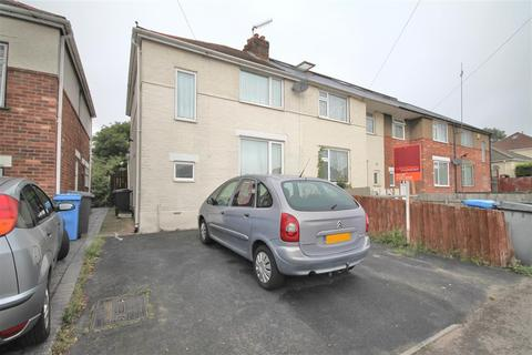 3 bedroom semi-detached house to rent - Churchill Road, Poole