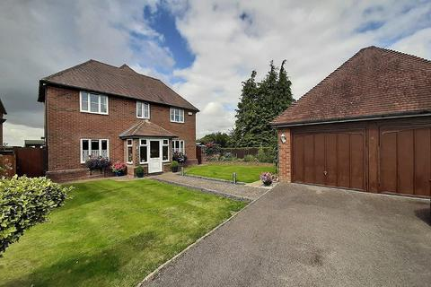 4 bedroom detached house for sale - The Orchids, Ashford, TN25