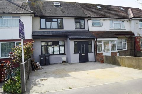 3 bedroom terraced house for sale - Staines Rd, Feltham