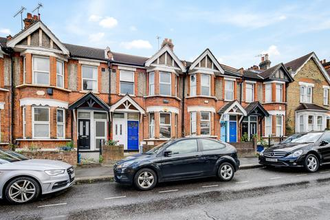 3 bedroom apartment to rent - George Lane, South Woodford