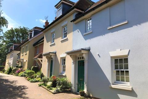 2 bedroom apartment to rent - Burgage Mews, West Street, Alresford