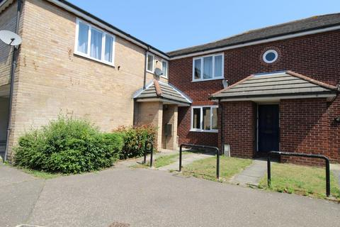 1 bedroom ground floor flat for sale - Avignon Close, South Colchester