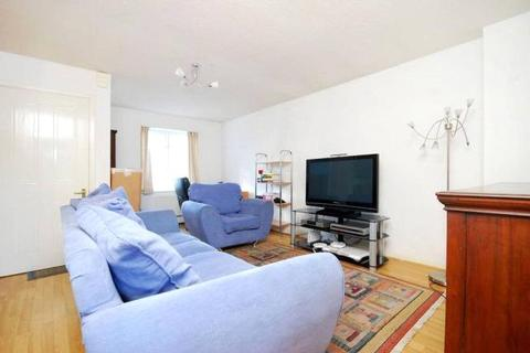 3 bedroom terraced house to rent - Milligan Street, London, E14