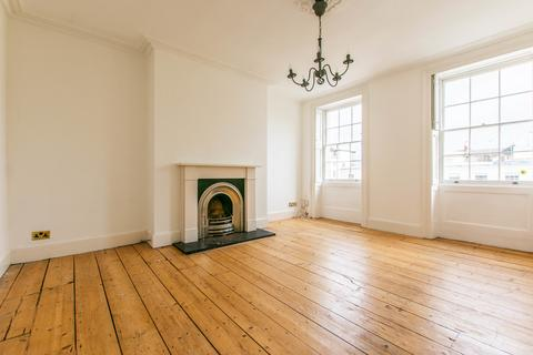 2 bedroom apartment to rent - 11 Cambray Place, Cheltenham GL50 1JS