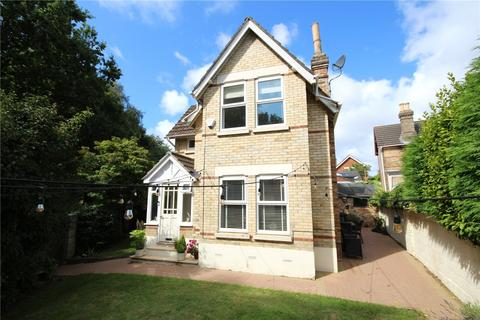 3 bedroom detached house for sale - Approach Road, Ashley Cross, Poole, BH14
