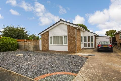 2 bedroom detached bungalow for sale - Coed Y Mor, Penrhyn Bay